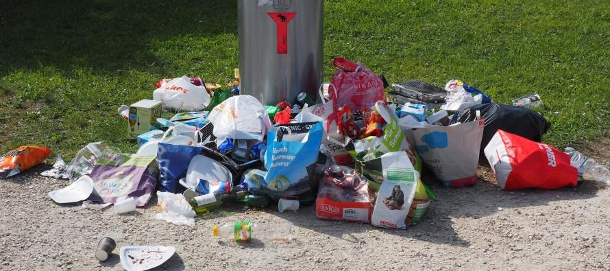 La CGT nous laisse dans la…, dans  nos ordures