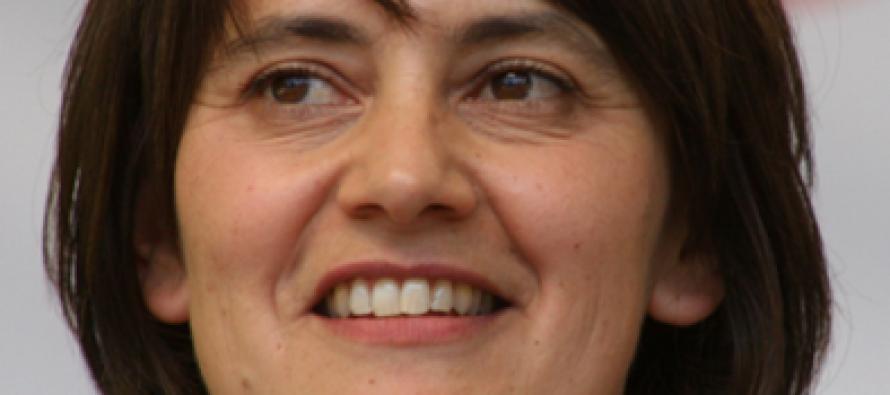 Nathalie Artaud sera remplacée par Chantal Gomez