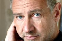 L'ancien universitaire Jean Luc Michel écrit au ministre