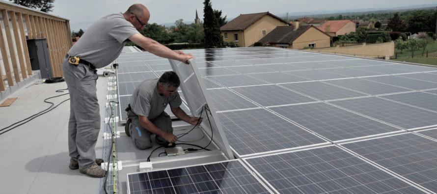 17 661 m2 de capteurs solaires photovoltaïques dans la Loire