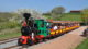 Un petit train POUR SURPLOMBER LE LAC ET DÉCOUVRIR DES PAYSAGES DU ROANNAIS