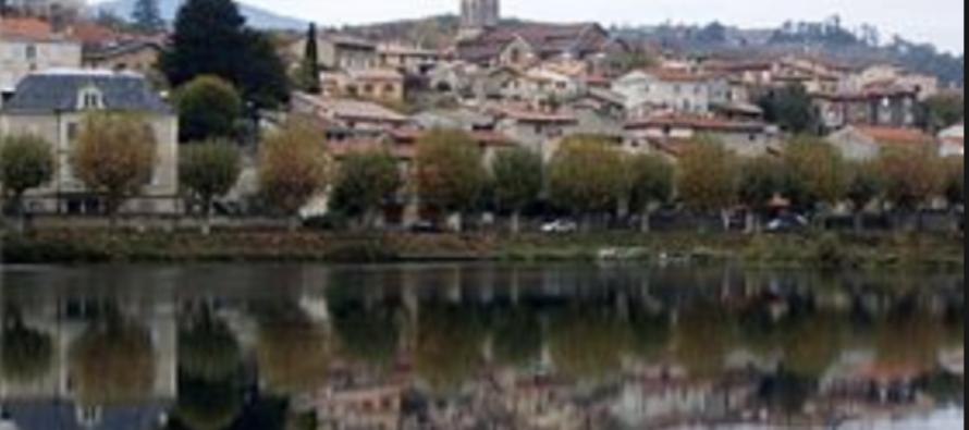 Saint-Pierre-de-Boeuf en deuil.
