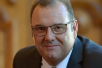 Philippe Valentin : Président.